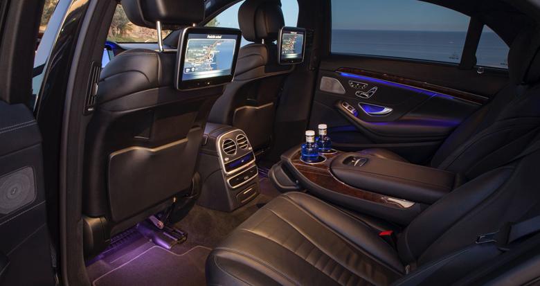clase-s-interior-trasero-alquiler-coche-con-conductor