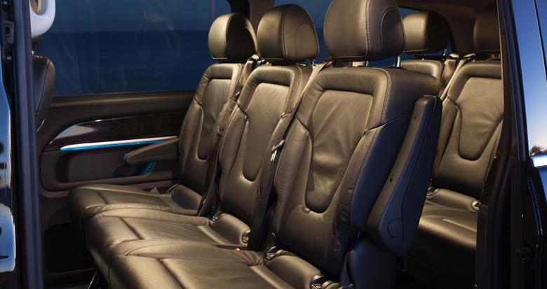 clase-v-interior-trasero2-alquiler-coche-con-conductor-transfer